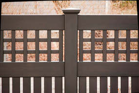 grand-illusions-black-vinyl-fence.jpg