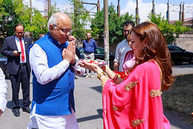 IAF Vice President Ruzanna Ashughyan welcomes Dr Vinay Sahasrabuddhe ji