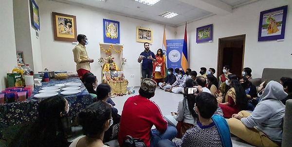 Indians in Armenia, Indian Cultural Centre Armenia, India Armenia Relations, Karen Mkrtchyan India