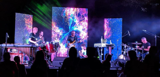Bonne - live show