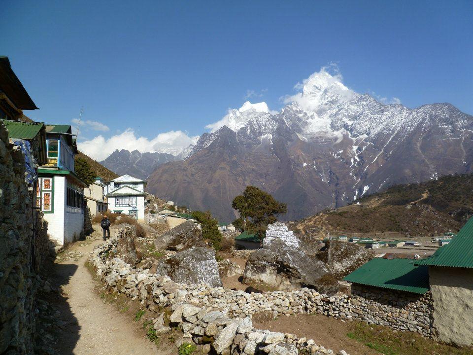 Everest Trail views