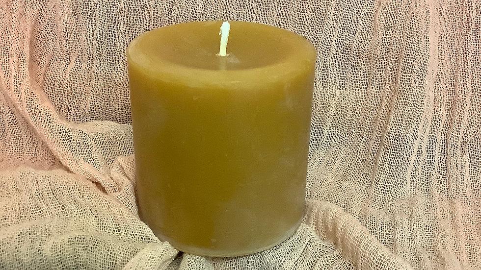 Beeswax Pillar candle 4x2