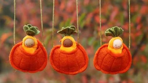 Felt Baby Pumpkin necklace