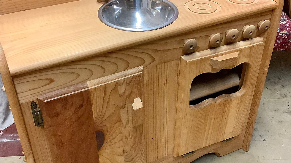 Gently Used Wood play kitchen