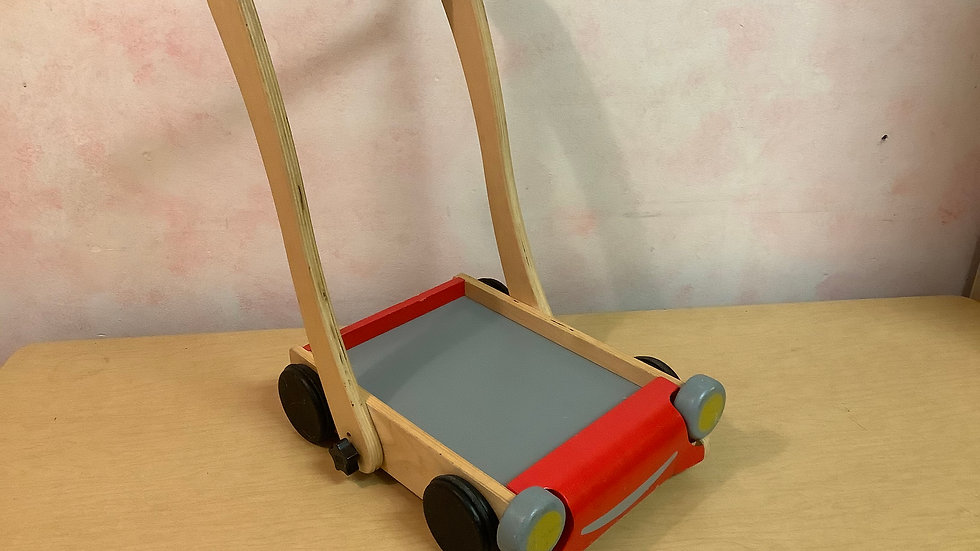 Plan Toys Push cart