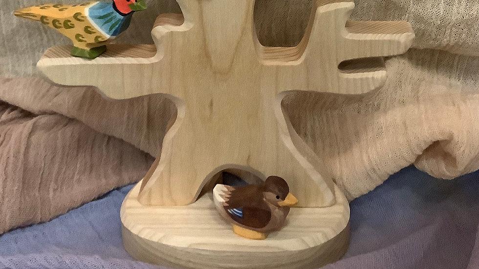 Ostheimer Duck sitting