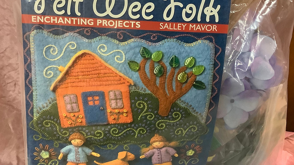 Wee Felt book and bag of supplies