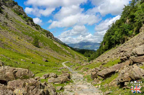 Borrowdale - Que voir absolument dans le Lake District en Angleterre ? Visiter le Lake District avec A Kiss from UK, le blog du voyage en Ecosse, Angleterre et Pays de Galles