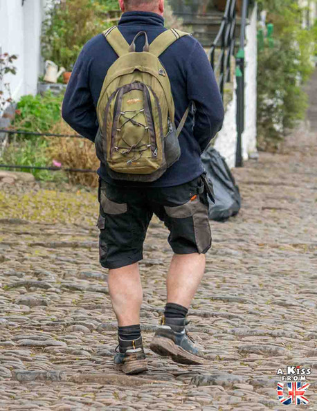Clovelly - Que faire dans le Devon en Angleterre ? Visiter les plus beaux endroits à voir absolument dans le Devont et le Dartmoor avec notre guide voyage.