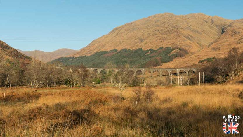 Glenfinnan Viaduct - A faire et à voir dans le Glencoe et sa région en Ecosse. Visiter le Glencoe avec A Kiss from UK, le guide & blog du voyage en Ecosse, Angletere et Pays de Galles