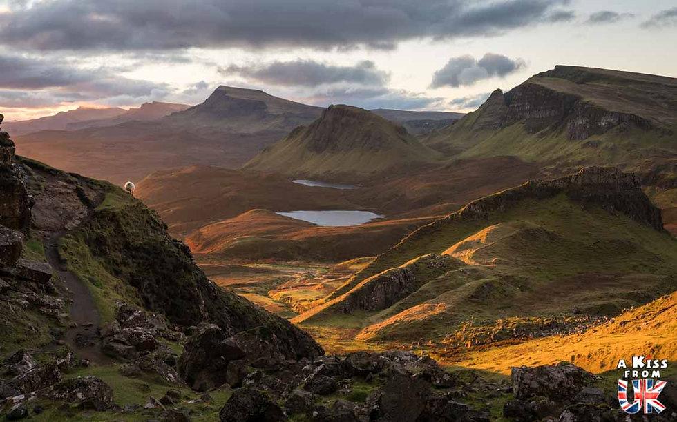 Le Quiraing sur l'île de Skye – Visiter l'île de Skye en 4 Jours – Découvrez un itinéraire de road trip en Ecosse pour passer 4 jours sur l'île de Skye - A Kiss from UK le guide et  blog voyage Ecosse.