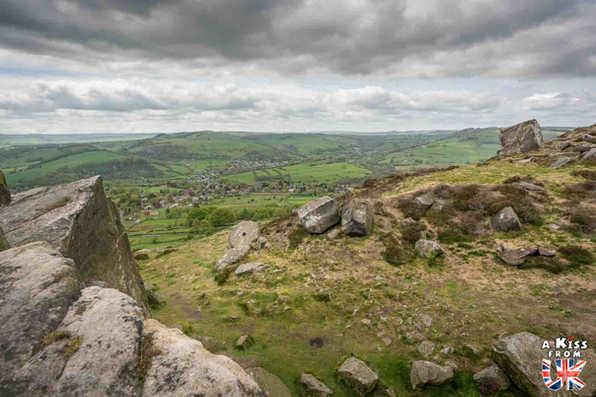 Curbar Edge - A faire et à voir dans le Peak District en Angleterre. Visiter les plus beaux endroits du Peak District avec notre guide complet.