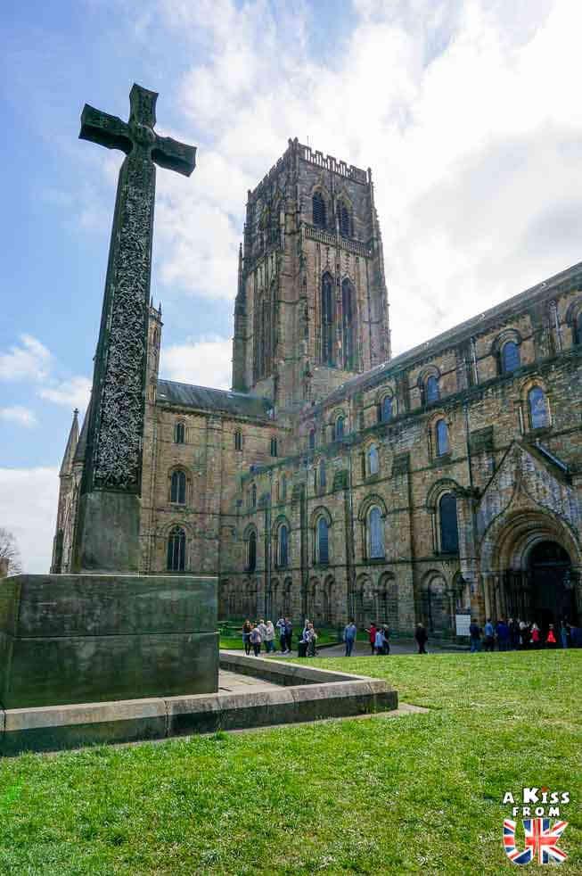 La Cathédrale de Durham - Les plus beaux lieux de tournage de la saga Harry Potter en Grande-Bretagne - A Kiss from UK, guide et blog voyage ecosse angleterre pays de galles.