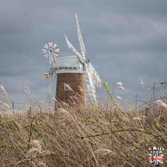 Horsey Windpump - Que faire dans le Norfolk en Angleterre ? Visiter le Norfolk et les plus beaux endroits à voir dans le Parc National des Broads avec notre guide complet sur cette région d'Angleterre.
