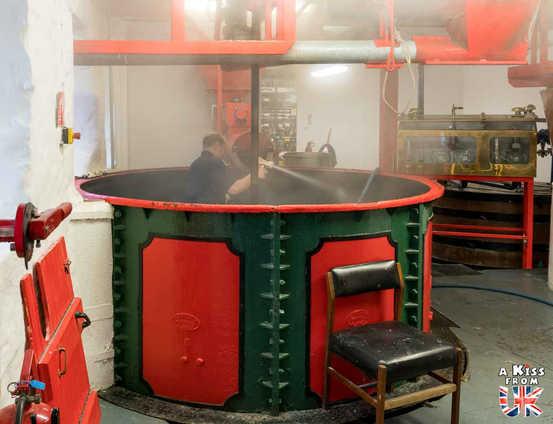 La distillerie Edradour - A faire et à voir absolument dans le Perthshire en Ecosse ? Visiter le Perthshire et ses incontournables avec A Kiss from UK, le blog du voyage en Ecosse, Angleterre et Pays de Galles