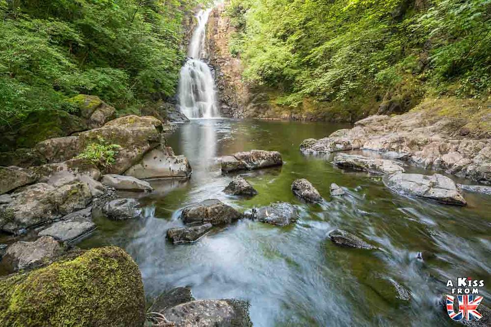 Rha Waterfalls sur l'île de Skye -  50 photos qui vont vous donner envie de voyager en Ecosse après l'épidémie de coronavirus - Découvrez en image les plus beaux endroits d'Ecosse à visiter.