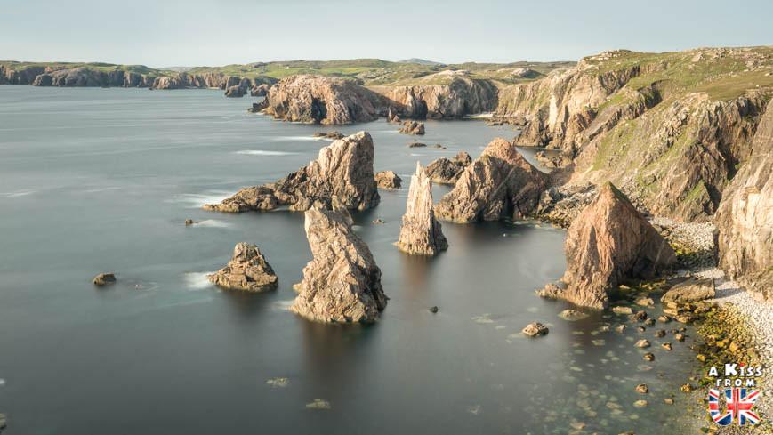 Mangersta Sea Stacks sur Lewis & Harris -  50 photos qui vont vous donner envie de voyager en Ecosse après l'épidémie de coronavirus - Découvrez en image les plus beaux endroits d'Ecosse à visiter.