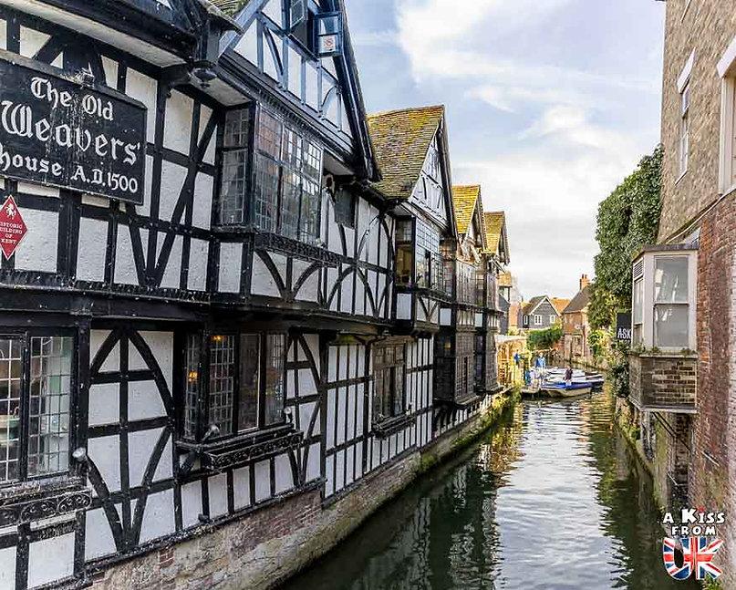 Canterbury dans le Kent - Les lieux à voir absolument en Angleterre en dehors de Londres. Découvrez quels sont les plus beaux endroits d'Angleterre et les incontournables à visiter en dehors de Londres lors de votre voyage - A Kiss from UK, le blog du voyage en Grande-Bretagne.