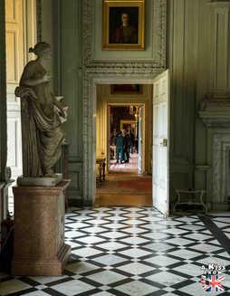 Petworth House - Que voir absolument dans le Sussex en Angleterre ? Visiter le Sussex  et ses plus beaux endroits avec A Kiss from UK, le guide et blog du voyage en Ecosse, Angleterre et Pays de Galles.