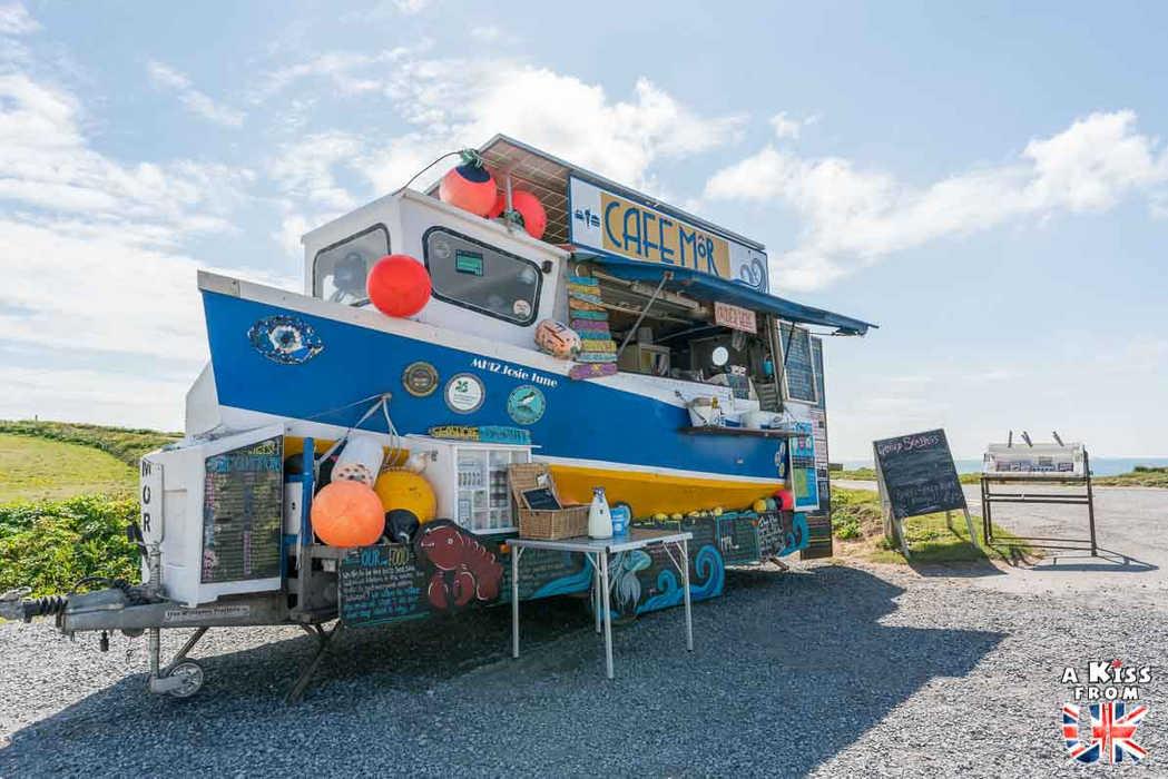Café Môr sur Freshwater West - Que voir dans le Pembrokeshire au Pays de Galles ? Visiter le Pembrokeshire avec A Kiss from UK, guide & blog voyage sur l'Ecosse, l'Angleterre et le Pays de Galles.