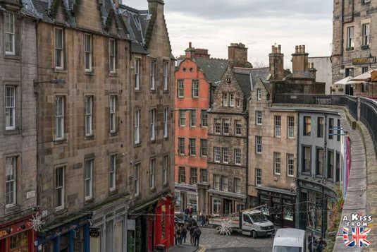 Victoria Street, la rue d'Harry Potter à Edimbourg - A voir absolument et à faire à Edimbourg - Visiter Edimbourg avec le guide complet d'A Kiss from UK, le blog du voyage en Ecosse.