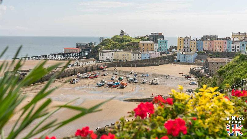Tenby dans le Pembrokeshire - Les endroits à voir absolument au Pays de Galles en dehors de Cardiff – Découvrez quels sont les lieux incontournables au Pays de Galles et les plus beaux endroits du Pays de Galles à visiter pendant votre voyage   A Kiss from UK