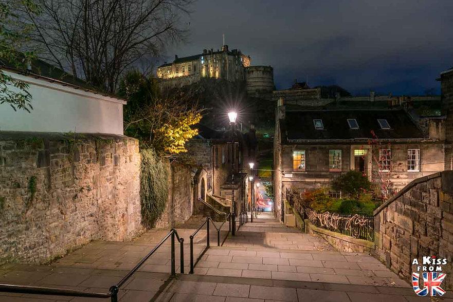 The Vennel à Edimbourg - A voir absolument et à faire à Edimbourg - Visiter Edimbourg avec le guide complet d'A Kiss from UK, le blog du voyage en Ecosse.