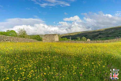 Muker - Que voir dans les Yorkshire Dales en Angleterre ? Visiter les Yorkshire Dales avec A Kiss from UK, le guide et blog du voyage en Ecosse, Angleterre et Pays de Galles.