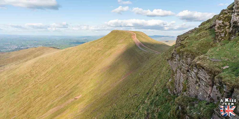 Pen-y-Fan dans les Brecon Beacons - 15 photos qui vont vous donner envie de voyager au Pays de Galles après le Brexit ! - Découvrez les plus belles destinations et les plus belles régions du Pays de Galles en image.