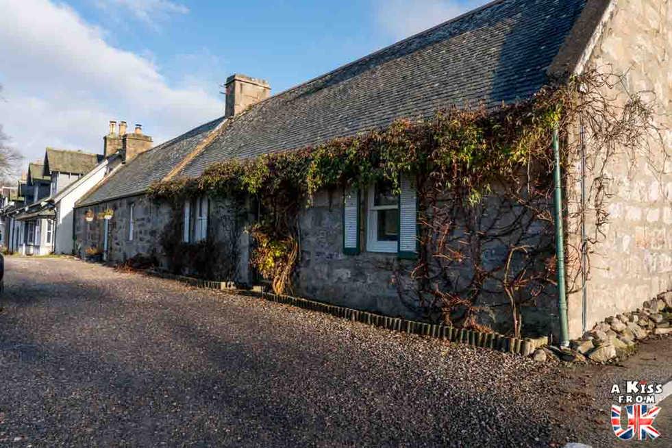 Le village de Braemar - Que voir dans les Cairngorms en Ecosse ? Visiter les Cairngorms avec A Kiss from UK, le blog du voyage en Ecosse, Angleterre et Pays de Galles.