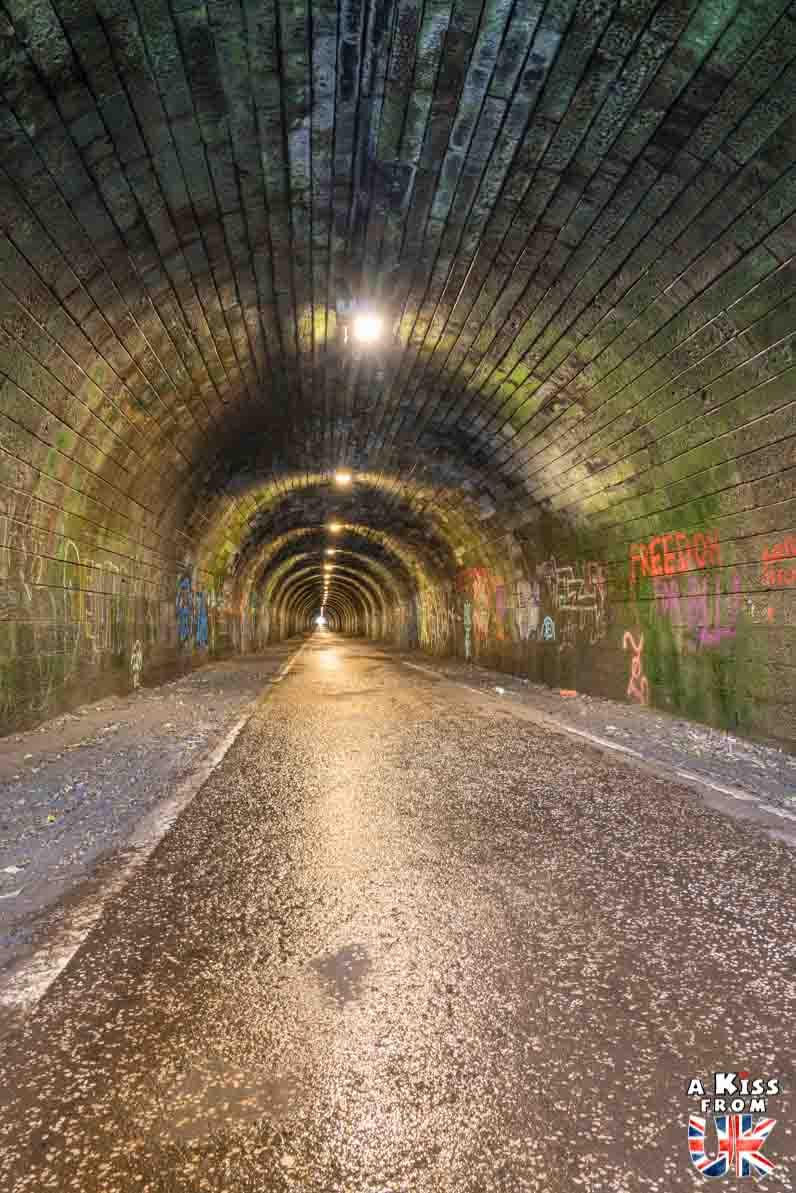 Visite de l'Innocent Railway Tunnel à Édimbourg - Street Art dans les tunnels abandonnés d'Édimbourg - A Kiss from UK - guide et blog voyage sur l'Ecosse
