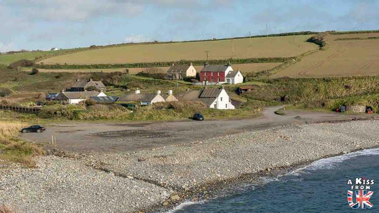 Blue Lagoon - Que voir dans le Pembrokeshire au Pays de Galles ? Visiter le Pembrokeshire avec A Kiss from UK, guide & blog voyage sur l'Ecosse, l'Angleterre et le Pays de Galles.