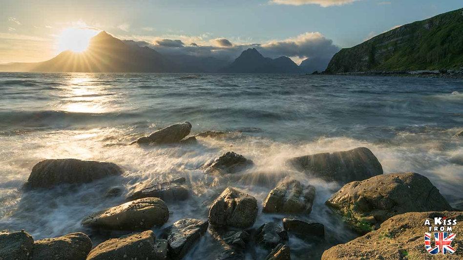 Elgol sur l'île de Skye - Les plus beaux paysages d'Ecosse. Découvrez quels sont les plus beaux endroits d'Ecosse et les plus belles merveilles naturelles d'Ecosse avec A Kiss from UK, le guide et blog du voyage en Grande-Bretagne.