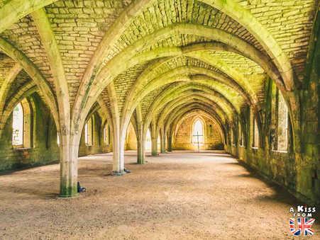 Fountains Abbey - Que voir dans les Yorkshire Dales en Angleterre ? Visiter les Yorkshire Dales avec A Kiss from UK, le blog du voyage en Ecosse, Angleterre et Pays de Galles.