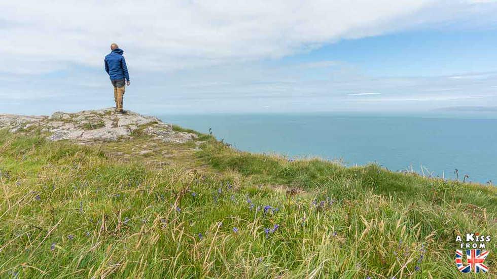 Dinas Island - Que voir dans le Pembrokeshire au Pays de Galles ? Visiter le Pembrokeshire avec A Kiss from UK, guide & blog voyage en Grande-Bretagne.