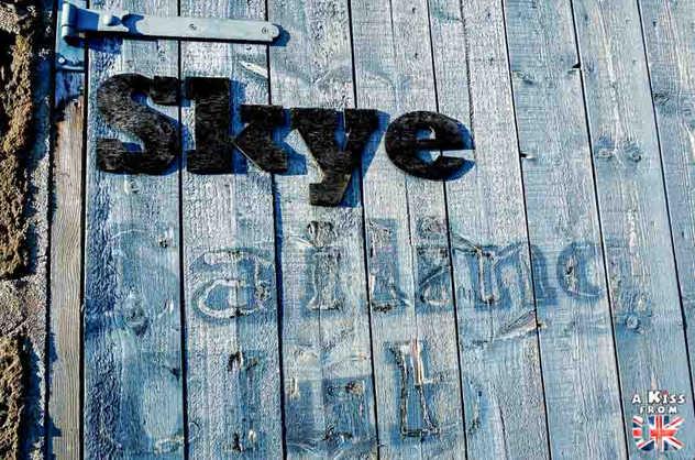 Portree - Visiter l'île de Skye en 4 Jours. A voir et à faire. Lieux à voir et itinéraire de Roadtrip en Ecosse sur l'île de Skye - A Kiss from UK le guide et  blog voyage Ecosse, Angleterre et Pays de Galles