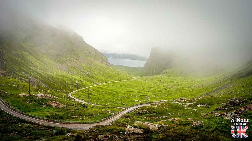 Bealach Na Ba - 50 endroits à voir absolument en Ecosse – Découvrez les lieux incontournables en Ecosse et les plus beaux endroits d'Ecosse à visiter pendant votre voyage | A Kiss from UK