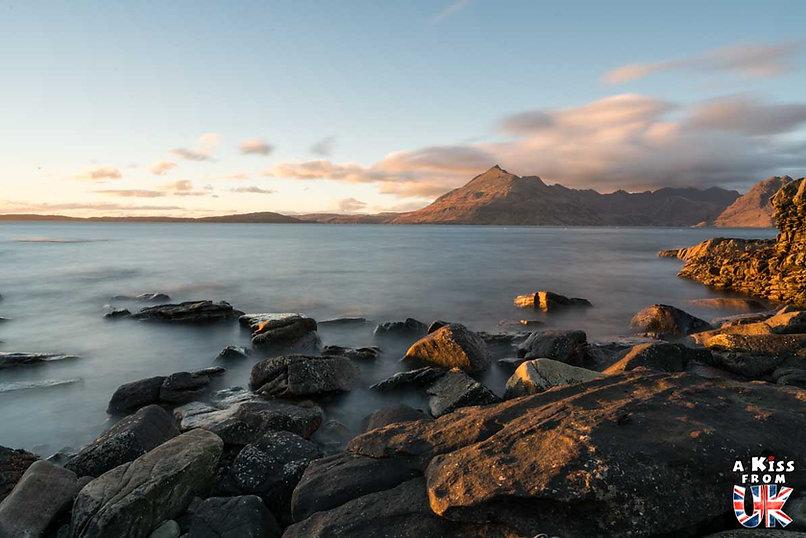 Elgol sur l'île de Skye - 50 endroits à voir absolument en Ecosse – Découvrez les lieux incontournables en Ecosse et les plus beaux endroits d'Ecosse à visiter pendant votre voyage | A Kiss from UK