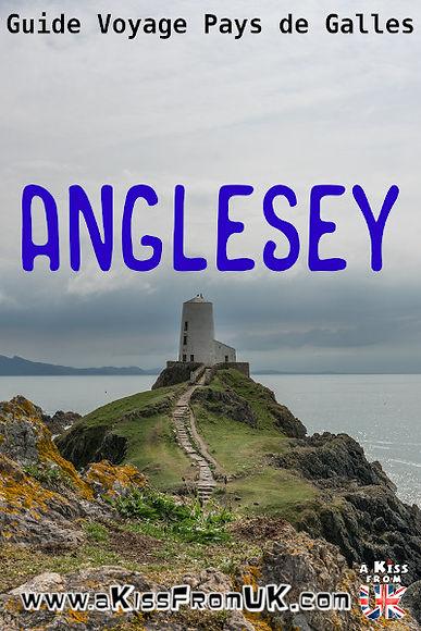 Visiter l'île d'Anglesey. Située au nord du Pays de Galles, l'île d'Anglesey offre de superbes décors entre ses phares majestueux, ses plages de carte postale et sa forte identité celte au passé druidique. A Kiss from UK vous fait voyager dans l'île d'Anglesey !