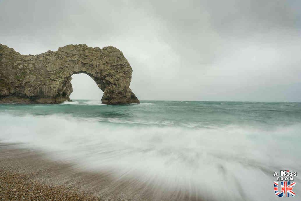 Durdle Door - Que faire dans le Dorset en Angleterre ? Visiter les plus beaux endroits à voir absolument dans le Dorset et la Jurassic Coast avec notre guide complet.