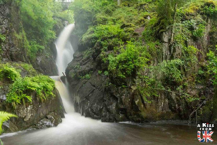 Aira Force - Que voir absolument dans le Lake District en Angleterre ? Visiter le Lake District avec A Kiss from UK, le blog du voyage en Ecosse, Angleterre et Pays de Galles.