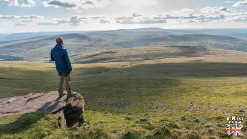 Pen-y-Fan - Que voir dans les Brecon Beacons au Pays de Galles - Visiter les Brecon Beacons avec A Kiss from UK, le guide et blog du voyage en Ecosse, Angleterre et Pays de Galles.