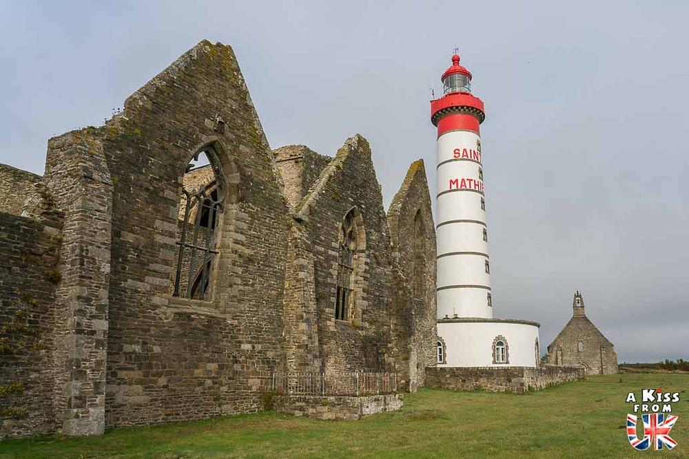 Visiter le phare Saint-Mathieu dans le Finistère et le comparer à celui de Portland Bill dans le Dorset en Angleterre | Visiter la Bretagne pour retrouver les paysages de Grande-Bretagne  - Découvrez les plus beaux endroits de Bretagne et de Normandie qui font penser à l'Angleterre, à l'Ecosse ou au Pays de Galles |  A Kiss from UK - blog voyage