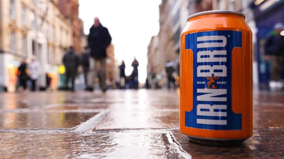 Le Irn Bru, la boisson écossaise plus populaire que le Coca-Cola à goûter pendant votre voyage en Ecosse.