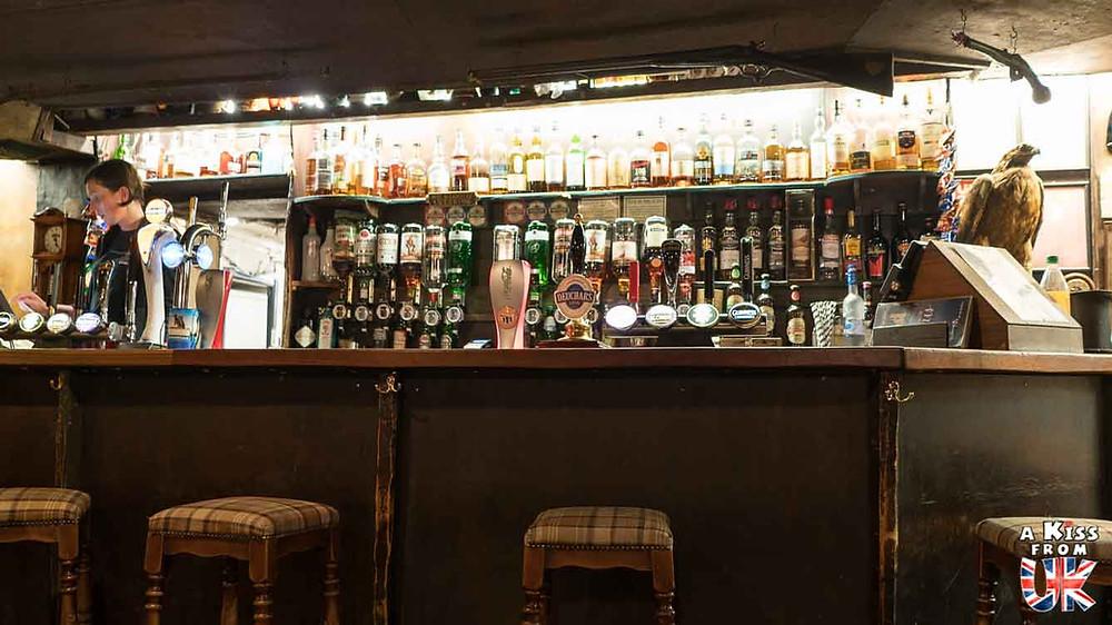 Le Drovers Inn - le pub le plus hanté d'Ecosse. Trouver des fantômes en Ecosse
