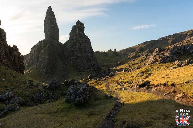 L'île de Skye. Les îles des Hébrides Intérieures d'Ecosse à visiter. Voyagez à travers les plus belles régions d'Ecosse avec nos guides voyage et préparez votre séjour dans les endroits incontournables de Grande-Bretagne.