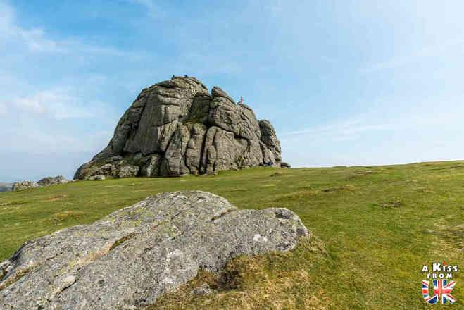 Haytor Rock - Que faire dans le Dartmoor en Angleterre ? Visiter les plus beaux endroits à voir absolument dans le Devont t le Dartmoor avec notre guide voyage.