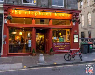 The Elephant House à Edimbourg - A voir absolument et à faire à Edimbourg - Visiter Edimbourg avec le guide complet d'A Kiss from UK, le blog du voyage en Ecosse.