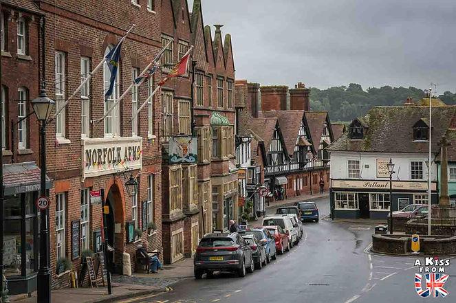 Le village d'Arundel dans le Sussex en Angleterre - Découvrez les 30 plus beaux villages de Grande-Bretagne. Le classement des plus beaux villages d'Angleterre, d'Ecosse et du Pays de Galles par A Kiss from UK