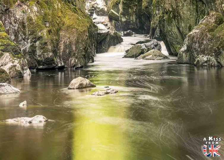 Fairy Glen - Que voir dans le Parc National du Snowdonia au Pays de Galles ? Visiter le Snowdonia avec A Kiss from UK, blog du voyage en Ecosse, Angletere et Pays de Galles.